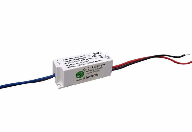 Compact-economic type LED driver
